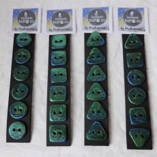 This is how your buttons will be packaged if you buy a set of 6.